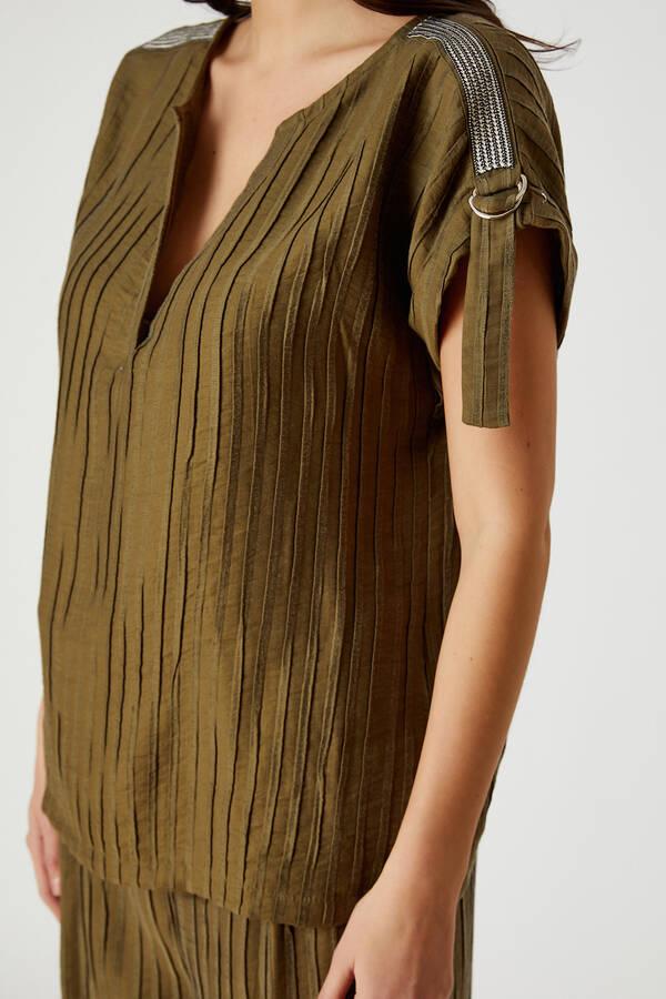 Aksesuar şeritli bluz