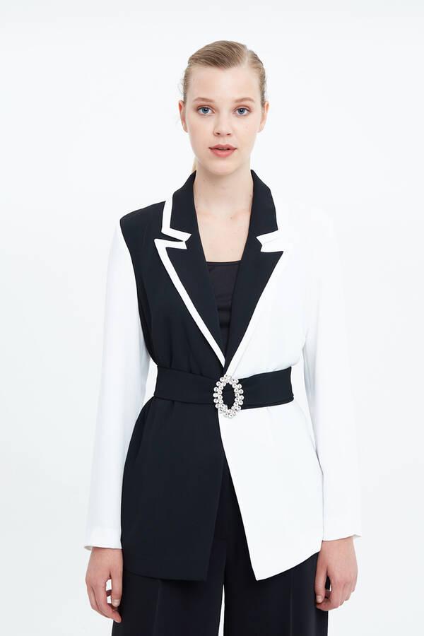 Taşlı Kemer Detaylı Ceket