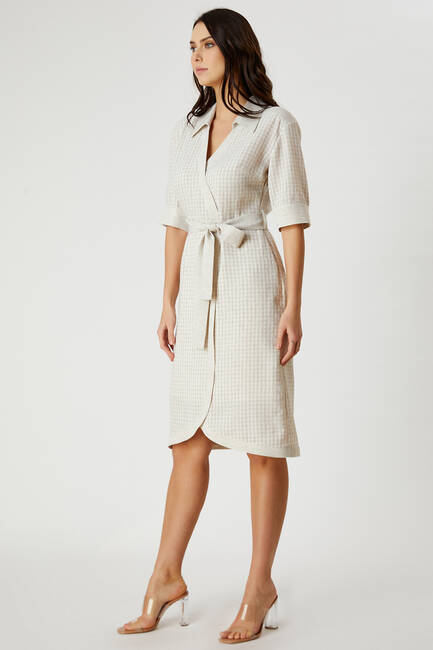 Beli Bağcıklı Ekose Desenli Elbise - Thumbnail