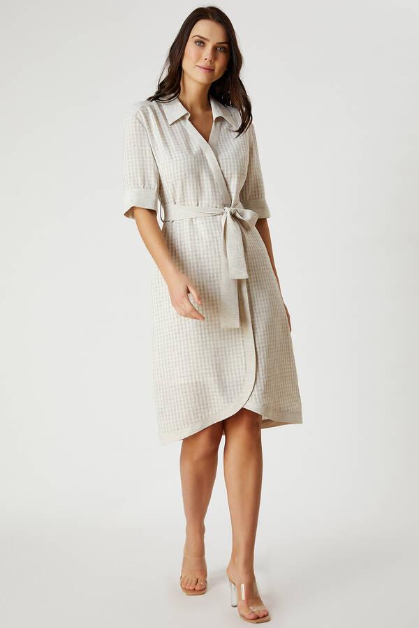 Beli Bağcıklı Ekose Desenli Elbise
