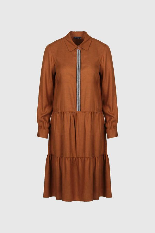 Şerit Aksesuarlı Elbise