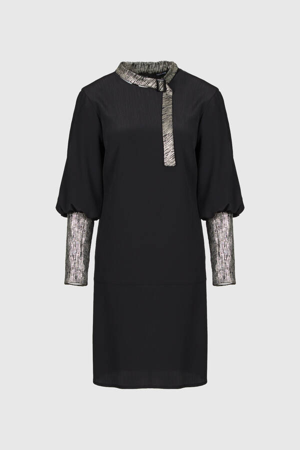 Sim Kumaş Garnili Siyah Elbise