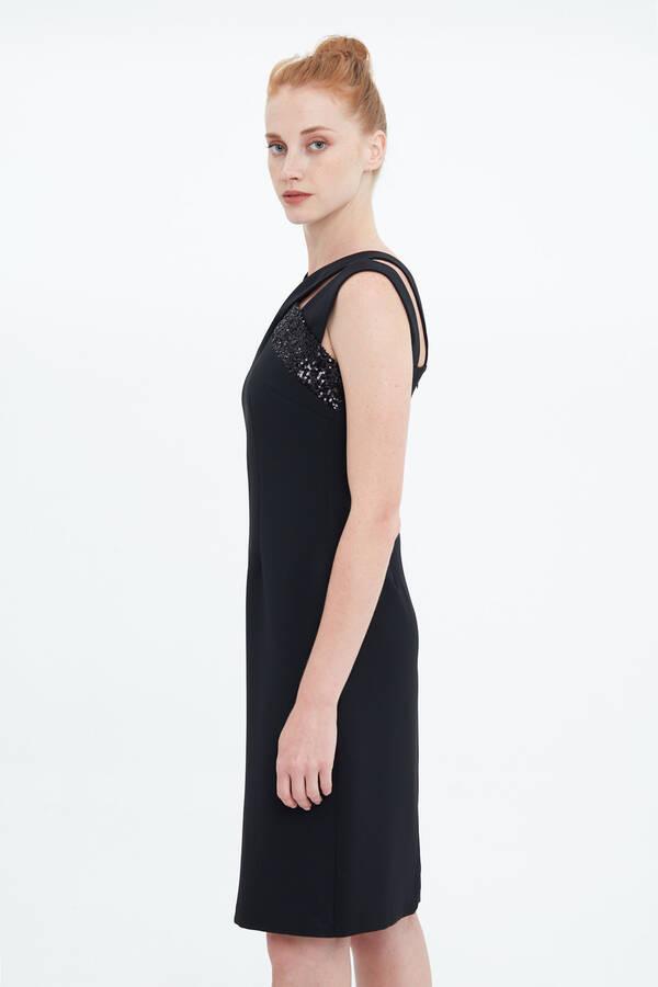 Payet Bantlı Elbise